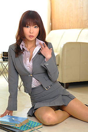 Kyoushi Kan is a super sexy teacher chick