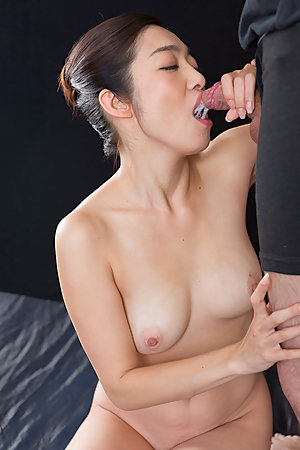 Ryu Enami Gives Sloppy Cum Covered Blowjob